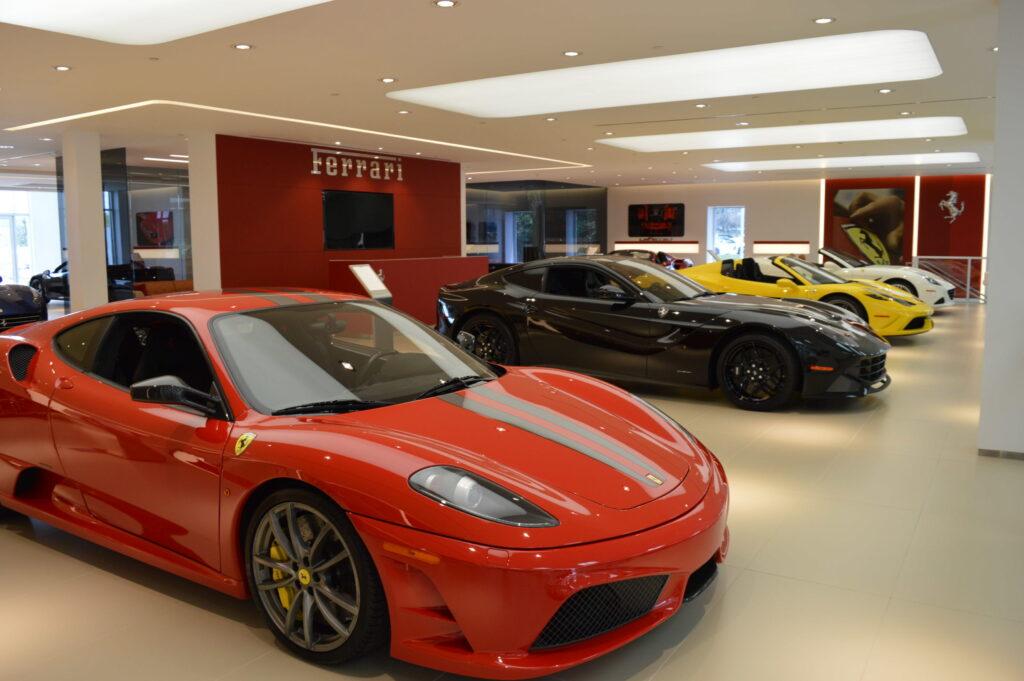 Ferrari / Maserati / Bentley / Porsche / Aston-Martin 7